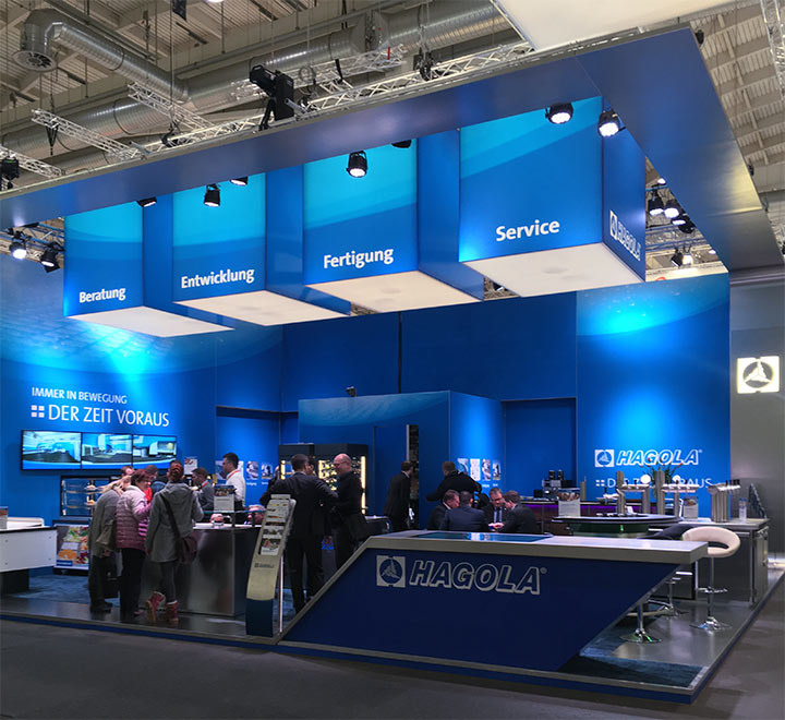 Brunnee Werbeagentur zeigt den Entwurf fuer den Messestand von HAGOLA auf der Internorga Hamburg.