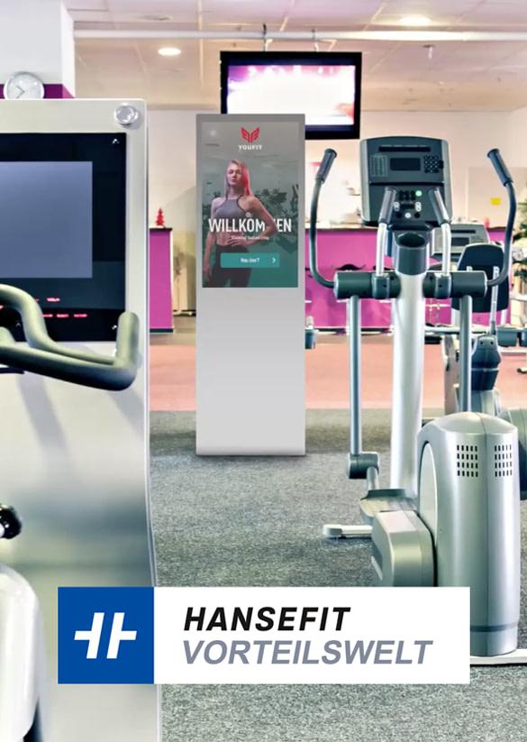 Digital Signage Stele im Fitnesscenter eines Hansefit Partners.